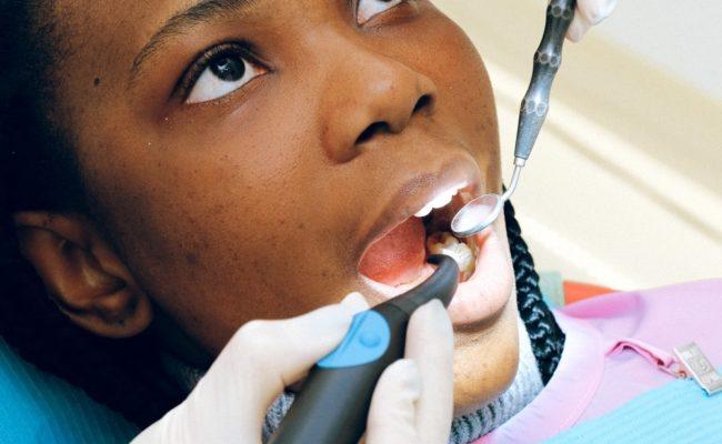 Behandlingar hos tandläkare Upplandsbro